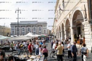 Stradomenica in Piazza del Popolo 15