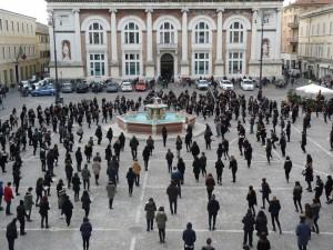 Flash Mob in piazza del Popolo per il Giorno della Memoria
