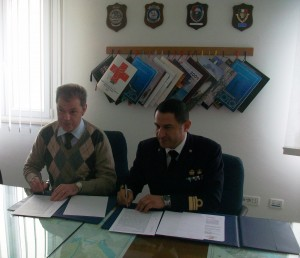 Capuzzimato e Frulli firmano protocollo d'intesa fra Capitaneria di Porto e Croce Rossa