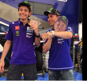 Valentino e Lorenzo. Foto tratta da twitter