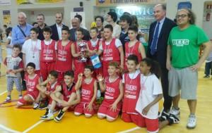I Bees Pesaro 2004 di Nico e Filo vincono il torneo di Osimo.I Bees Pesaro 2004 di Nico e Filo vincono il torneo di Osimo.