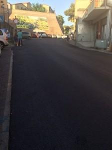 La via principale di Tavullia asfaltata