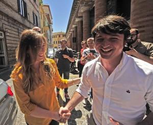 Nella foto di LucaToni il segretario provinciale Pd Giovanni Gostoli con il ministro Maria Elena Boschi a Pesaro