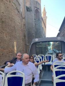 Gambini in bus