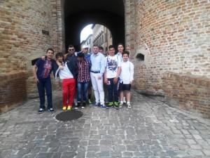 Presidente pro loco Bartocetti con gruppo giovanile