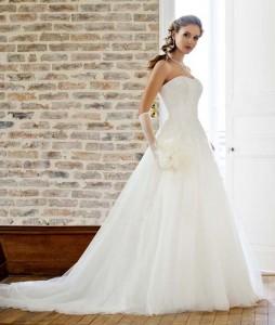 10009-charme---immagini-abiti-da-sposa