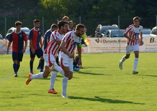 Labriola esulta dopo il gol in Coppa Italia al Gallo. Foto Baioni