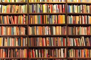 come-realizzare-uno-scaffale-libreria-con-illuminazione_3a7c9a194dbbdb6199e2f4cec26a7b4c