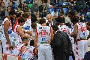 Coach Paolini a colloquio col gruppo