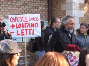 Manifestazioni di protesta al Santa Croce