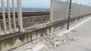 Il muretto rotto tra Pesaro e Fano