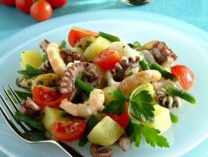 insalata-di-mare-con-ortaggi-725x545