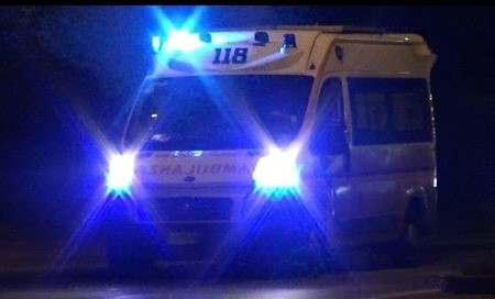 ambulanza-di-notte