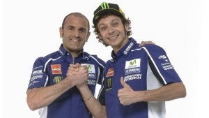 Massimo Meregalli con Valentino Rossi (foto tratta dal web)