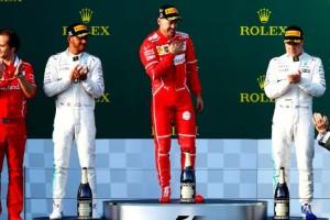 Vettel sul podio