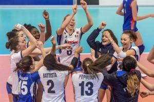 Le magnifiche ragazze della Nazionale Under 18 sono in finale e festeggiano (Foto Cev)