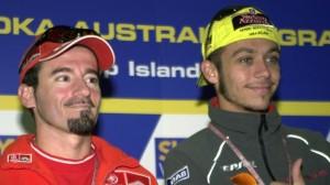 Max Biaggi e Valentino Rossi (foto tratta dal web)