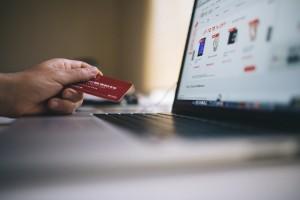 E-commerce e gaming: le abitudini degli italiani sul web