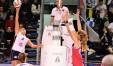 Yamila Nizetich supera con un pallonetto il muro di Valentina Arrighetti