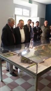 Il Ministro con Bartoli, Pierotti e Tagliolini alla Riserva del Furlo