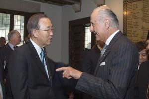 L'ambasciatore Giorgio Girelli con il segretario Generale dell'ONU Ban Ki-moon