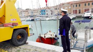 Guardia costiera interviene al porto di Pesaro