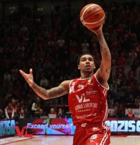 Dallas Moore, 27 punti a Brescia