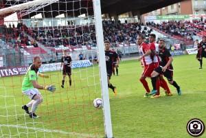 Il gol di Olcese nell'1-1 dell'andata (Foto Filippo Baioni)