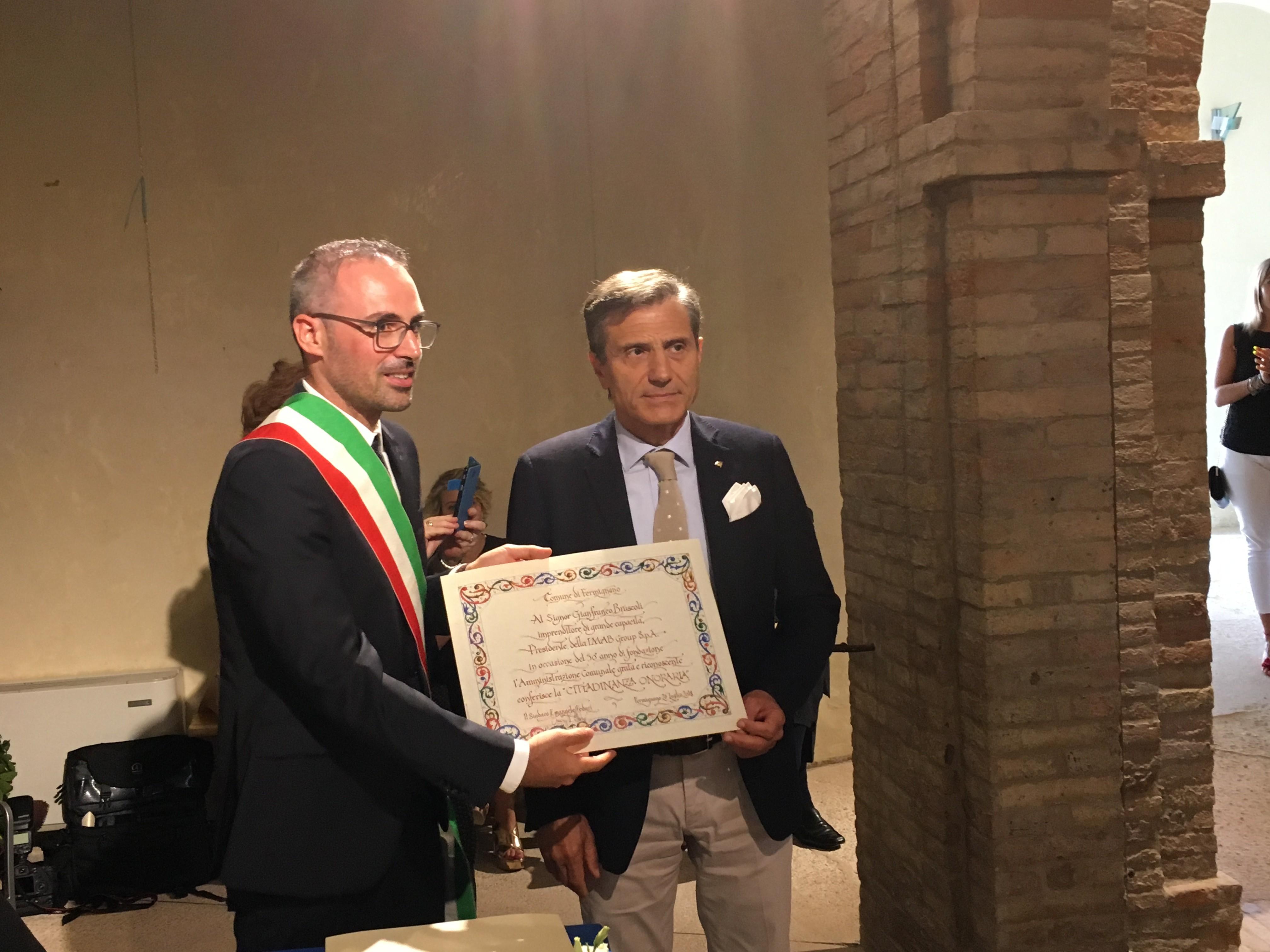 pu24.it- Consegnata la cittadinanza onoraria di Fermignano agli ...