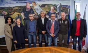 Foto di gruppo conf stampa Centro Ricerche Floristiche
