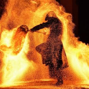 ToiAhi danza del fuoco