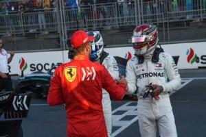 I complimenti di Vettel (terzo) ai dominatori della Mercedes