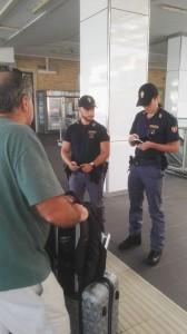 Polizia ferroviaria al lavoro