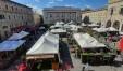 Festa dei fiori piazza del Popolo Pesaro 00001