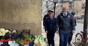 Il primo ministro albanese in una foto recente dalla sua pagina Facebook