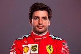 Carlos Sainz... già in tuta Ferrari