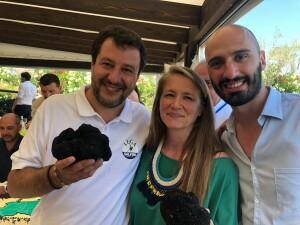 Romina Rossi col Segretario Federale Lega Matteo Salvini e col Commissario Regionale Lega Riccardo Augusto Marchetti