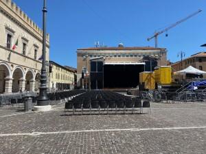 Piazza del Popolo, teatro dell'evento conclusivo della 56esima edizione della Mostra del Nuovo Cinema