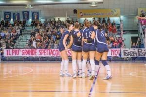 Le ragazze del Volley Pesaro, unica squadra cittadina vittoriosa nel fine settimana