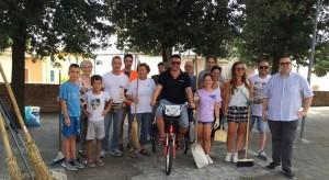 San Lorenzo in Campo: amministratori e cittadini puliscono il paese
