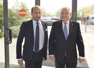 Il direttore di Confcommercio Amerigo  Varotti e il Prefetto di Pesaro-Urbino Lugi Pizzi (FOTO Luca Toni)