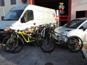 Le biciclette rinvenute dai carabinieri