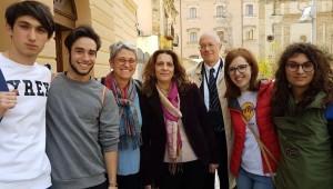 Marco Pernarella, secondo da sinistra, vincitore della X edizione dell'Agòn eschileo (foto Il Ducato)