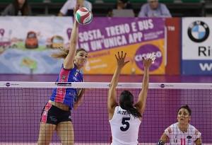 Inizialmente fuori, l'ex Lauren Gibbemeyer ha dovuto dare una mano a Novara per evitare il successo che Pesaro avrebbe meritato