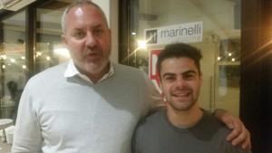 Andrea Marinelli con il pilota del motomondiale Romano Fenati
