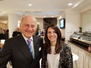 L'ambasciatore Giorgio Girelli e l'astrofisica Marica Branchesi.