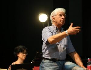 Il sovrintendente Ernesto Palacio durante l'Accademia Rossiniana (Foto Amati Bacciardi)