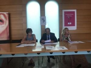 Amerigo Varotti (Confcommercio) fra Claudia Parmeggiani e Patrizia Caimi (Terziario Donna)