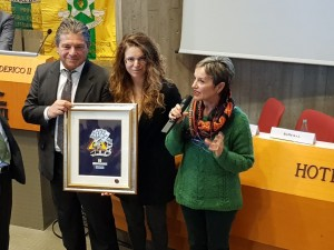Da sinistra il titolare della Ennegi@srl, Marco Del Prete, la figlia Giulia Del Prete e il Console provinciale dei Maestri del Lavoro, Luciana Nataloni