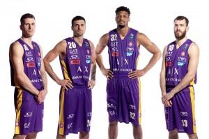 L'Armani ricorda Kobe